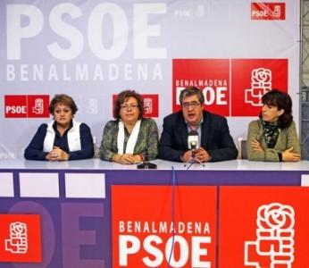 """El PSOE le acusa de realizar una gestión nefasta """"por el despilfarro de dinero, su opacidad, los indicios de supuestas ilegalidades y el clientelismo que ha creado en sus delegaciones""""."""