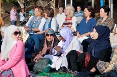 """La regidora ha destacado que """"el Gobierno municipal participa y colabora con las fiestas y tradiciones de las distintas comunidades que conviven en el municipio, con la intención de favorecer la multiculturalidad""""."""