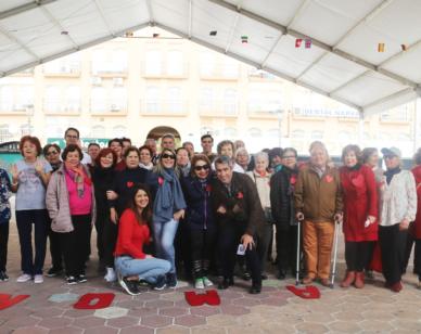 El alcalde Víctor Navas y la concejala Irene Díaz participan en la celebración en el centro Anica Torres