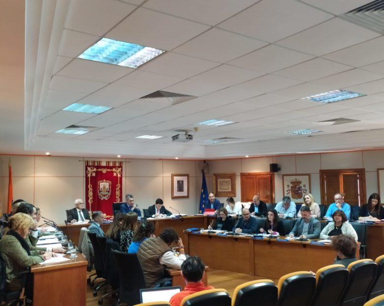 El pleno aprueba la moción del equipo de gobierno para instar a la Junta a ejecutar la inversión